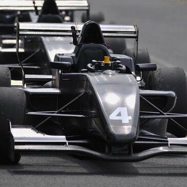 Stage de pilotage Formule Renault en région Centre