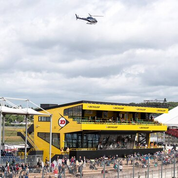Baptême en hélicoptère au Mans