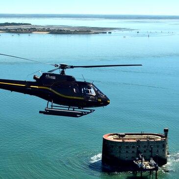 Baptême de l'air hélicoptère (Iles de Ré-Oléron-Boyard)