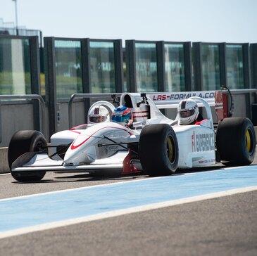 Bapteme en Formule 1 sur le Circuit de Barcelone