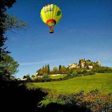 Collonges-la-Rouge, Corrèze (19) - Baptême de l'air montgolfière