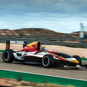 Stage pilotage Formule Renault - Pau-Arnos