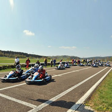 Circuit de l'Enclos, à 1h de Besançon, Doubs (25) - Karting