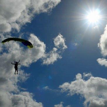 Saut en parachute, département Gers