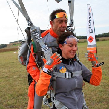 Saut en parachute proche Aérodrome du Herret