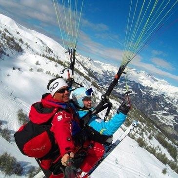 Baptême en Parapente à Ski à Pra Loup