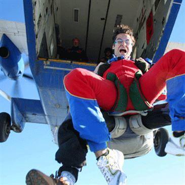 Saut en Parachute Tandem près de Valenciennes