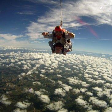 Saut en parachute, département Pyrénées atlantiques