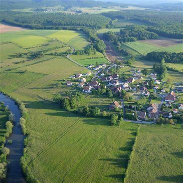 Vol en Montgolfière Survol du Plateau de Langres en région Champagne-Ardenne