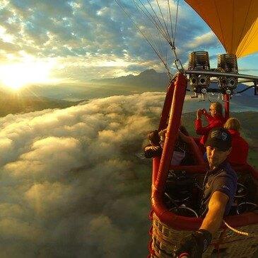 Vol en Montgolfière - Survol du Lac de Serre-Ponçon