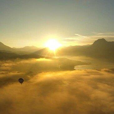 Vol en Montgolfière - Survol du Lac de Serre-Ponçon en région Provence-Alpes-Côte d'Azur et Corse