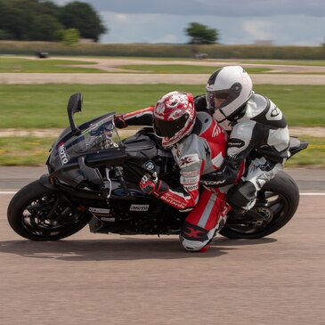 Baptême pilotage moto Yamaha YZF R1