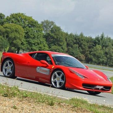 Stage de pilotage Ferrari, département Loire Atlantique