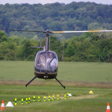 Aérodrome de Toussus-le-Noble, à 45 min de Paris, Paris (75) - Stage initiation hélicoptère