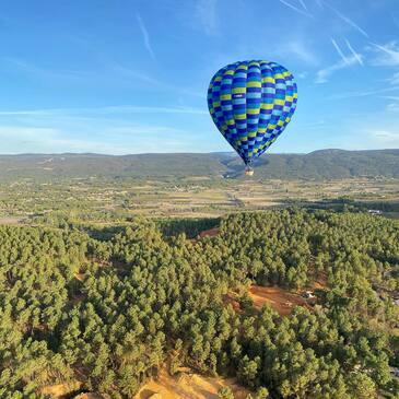 Vol en Montgolfière à Gordes - Survol du Luberon