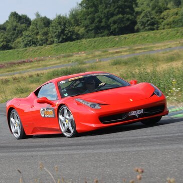 Baptême en Ferrari 458 Italia - Circuit Fay-de-Bretagne