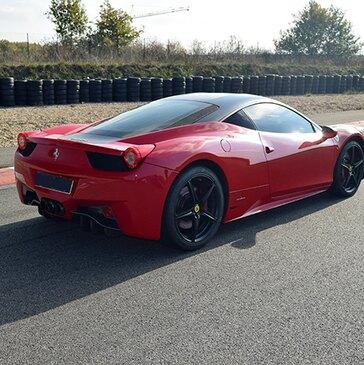 Stage de pilotage Ferrari proche Circuit de Dijon Prenois