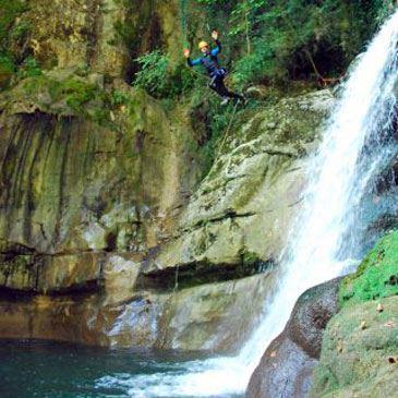 Canyon du Groin (descente peu sportive)