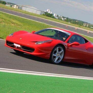 Baptême en Ferrari 458 Italia sur le Circuit de Lohéac