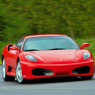Stage Pilotage Ferrari en région Ile-de-France