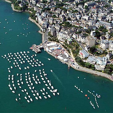 Aéroport de Saint-Malo-Dinard-Pleurtuit, Ille et vilaine (35) - Pilotage ULM