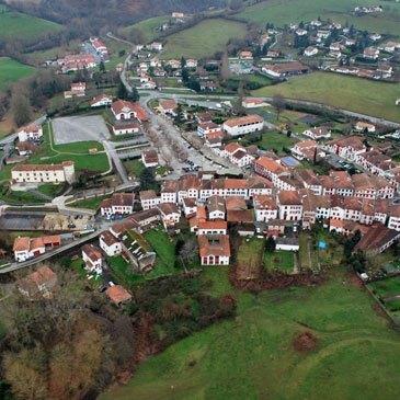 Saint Pée sur Nivelle, Pyrénées atlantiques (64) - Baptême de l'air paramoteur