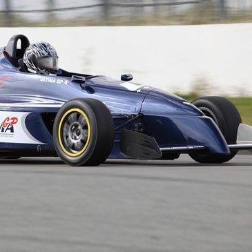 Stage de pilotage Formule Renault en région Bretagne