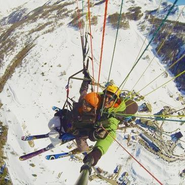 Baptême en Parapente à Ski aux Orres