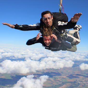 saut en parachute a niort