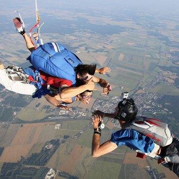 Saut en parachute proche Aérodrome de Niort - Marais Poitevin