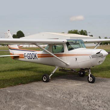 Initiation au Pilotage d'Avion près de Hyères