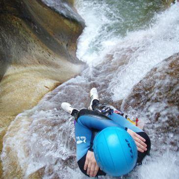 Descente du Canyon de Canceigt près de Pau - Journée