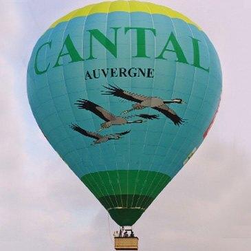 Aérodrome de Saint-Flour-Coltines, Cantal (15) - Baptême de l'air montgolfière