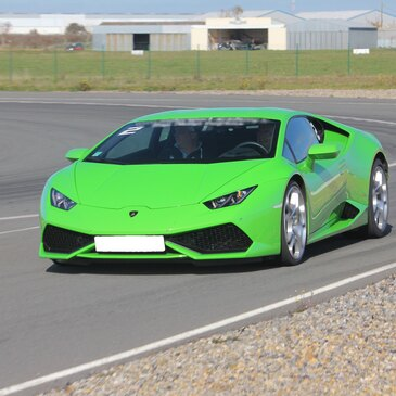 Stage Pilotage Lamborghini en région Bretagne