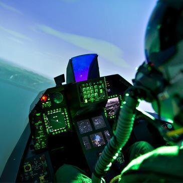 Simulateur de Vol en Avion de Chasse F-16 à Lyon