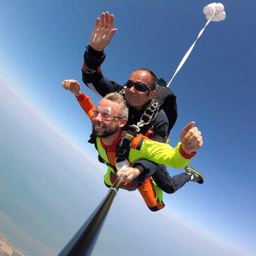 Saut en Parachute Tandem près d'Etretat