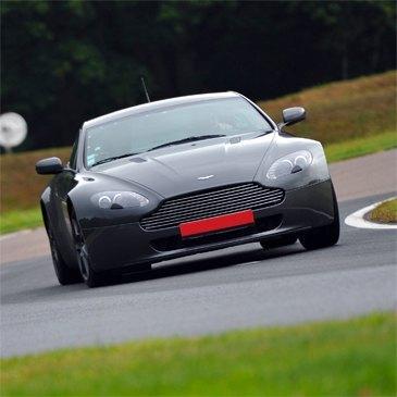 Stage Pilotage Aston Martin, département Bouches du Rhône