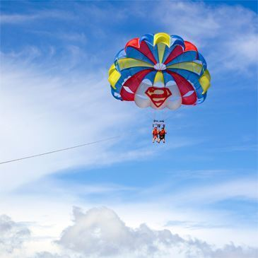 Parachute Ascensionnel près d'Antibes
