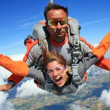Saut en Parachute Tandem à Montauban