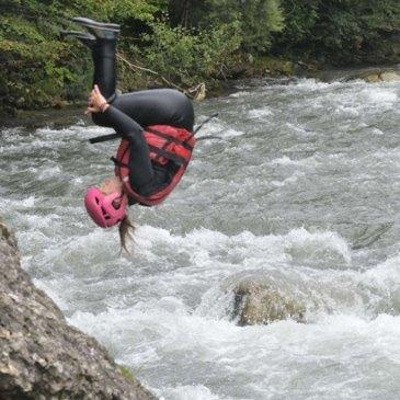 Nage en eaux vives en région Rhône-Alpes