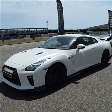 stage de pilotage en nissan gtr circuit de loh ac. Black Bedroom Furniture Sets. Home Design Ideas