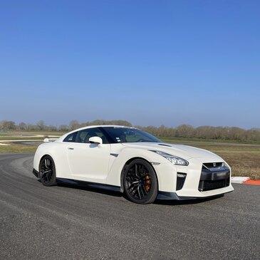 Stage en Nissan GT-R - Circuit de Fay-de-Bretagne