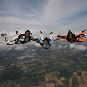 Saut d'Initiation en Parachute à Nevers