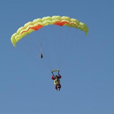 Aérodrome de Montpellier-Candillargues, Hérault (34) - Saut en parachute