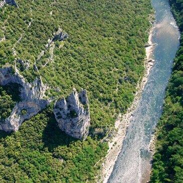 Aérodrome d'Aubenas Ardèche méridionale, Ardèche (07) - Baptême de l'air hélicoptère