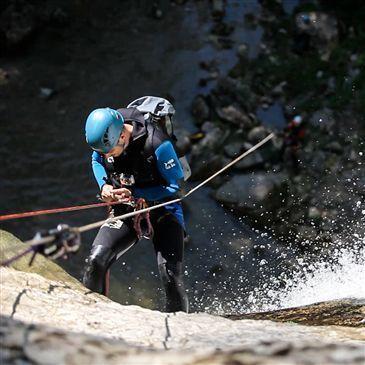 Canyoning dans les Gorges de Malvaux dans le Jura