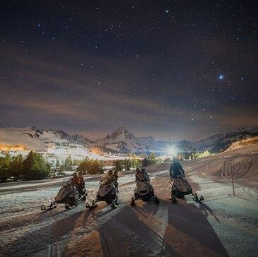Randonnée en Scooter des Neiges près d'Ax-les-Thermes en région Midi-Pyrénées