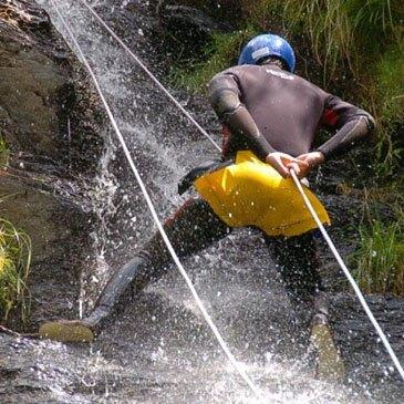 Canyoning en Espagne - Estaron (Descente facile à difficile)