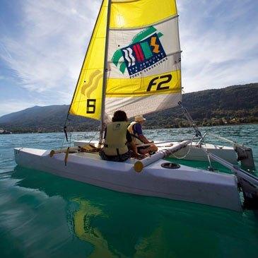Initiation (cours particulier) à la navigation à la voile - Lac d'Annecy