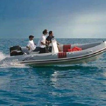 Location de bateau semi-rigide à Vannes